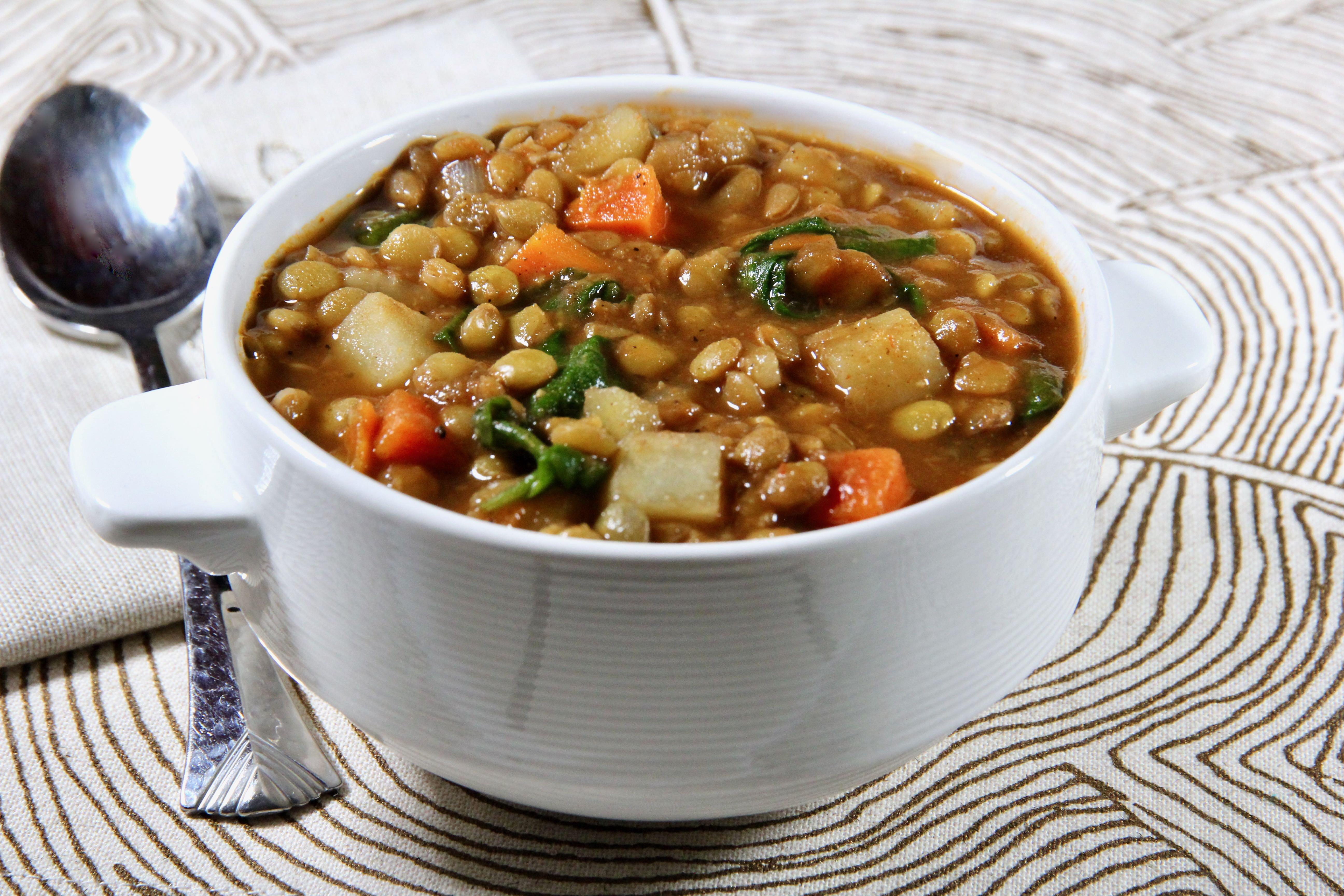 slow cooker mediterranean lentil stew
