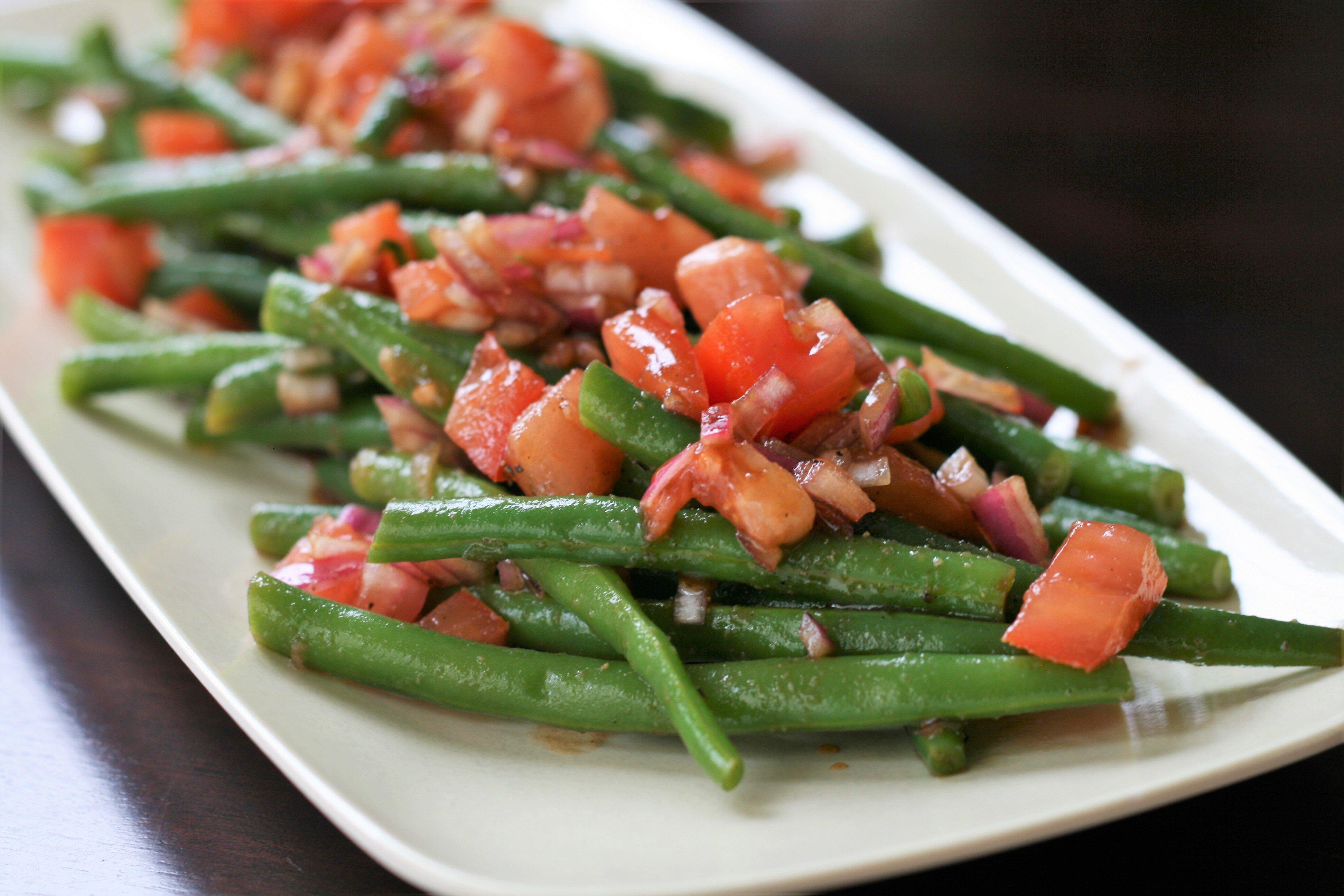 fresh balsamic green bean salad
