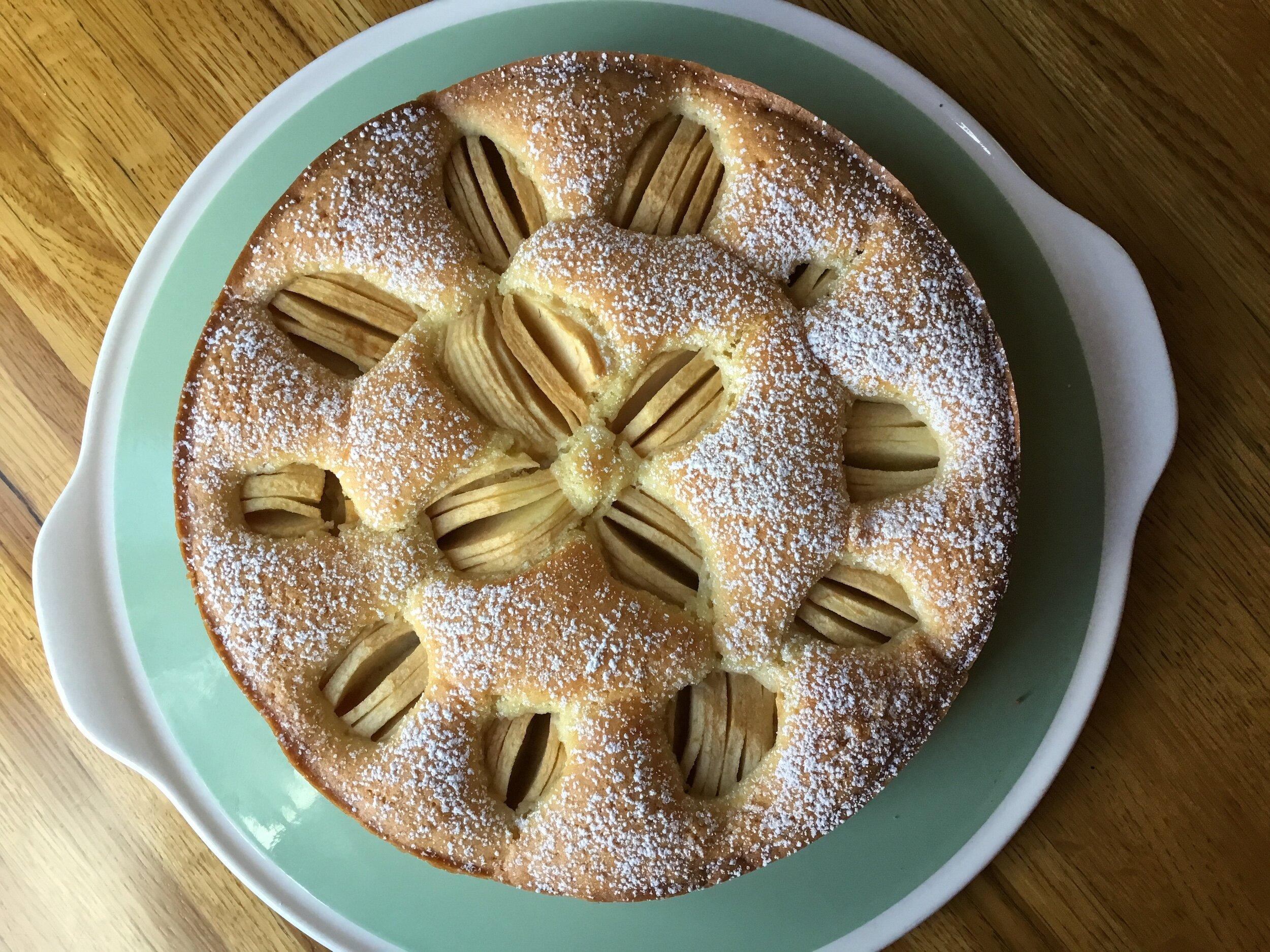 versunkener apfelkuchen german sunken apple cake