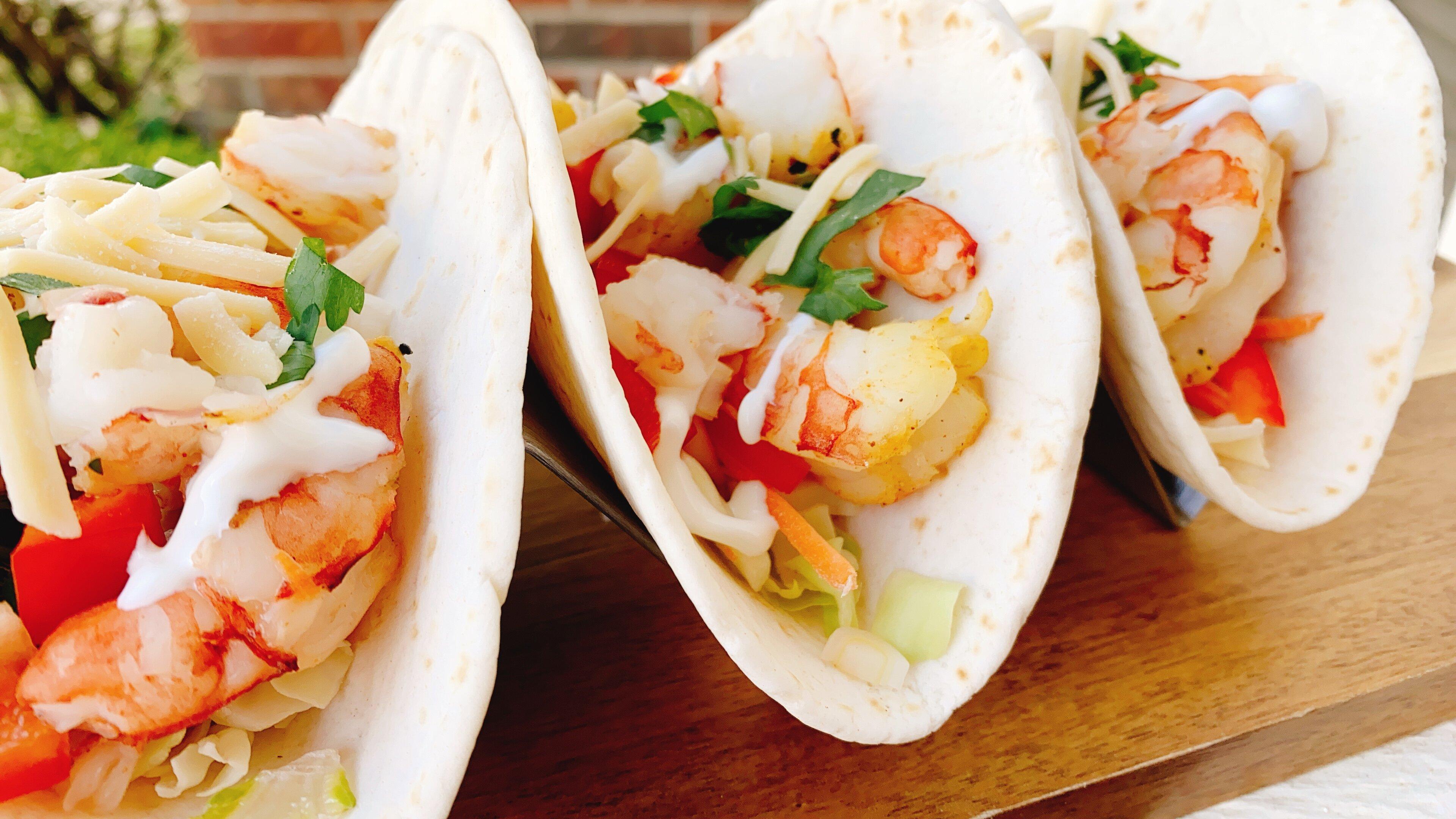 twisted air fryer shrimp tacos