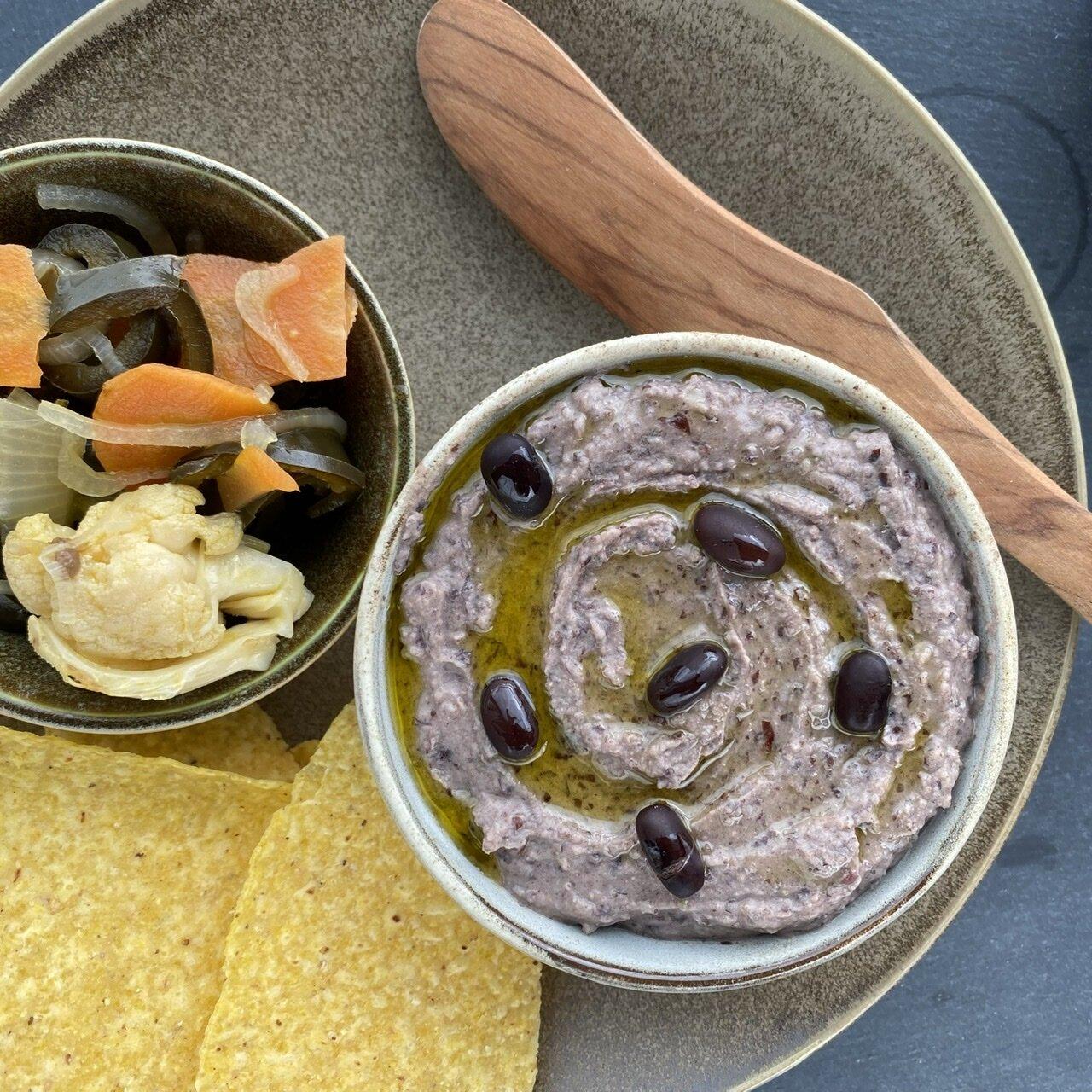 easy black bean hummus recipe
