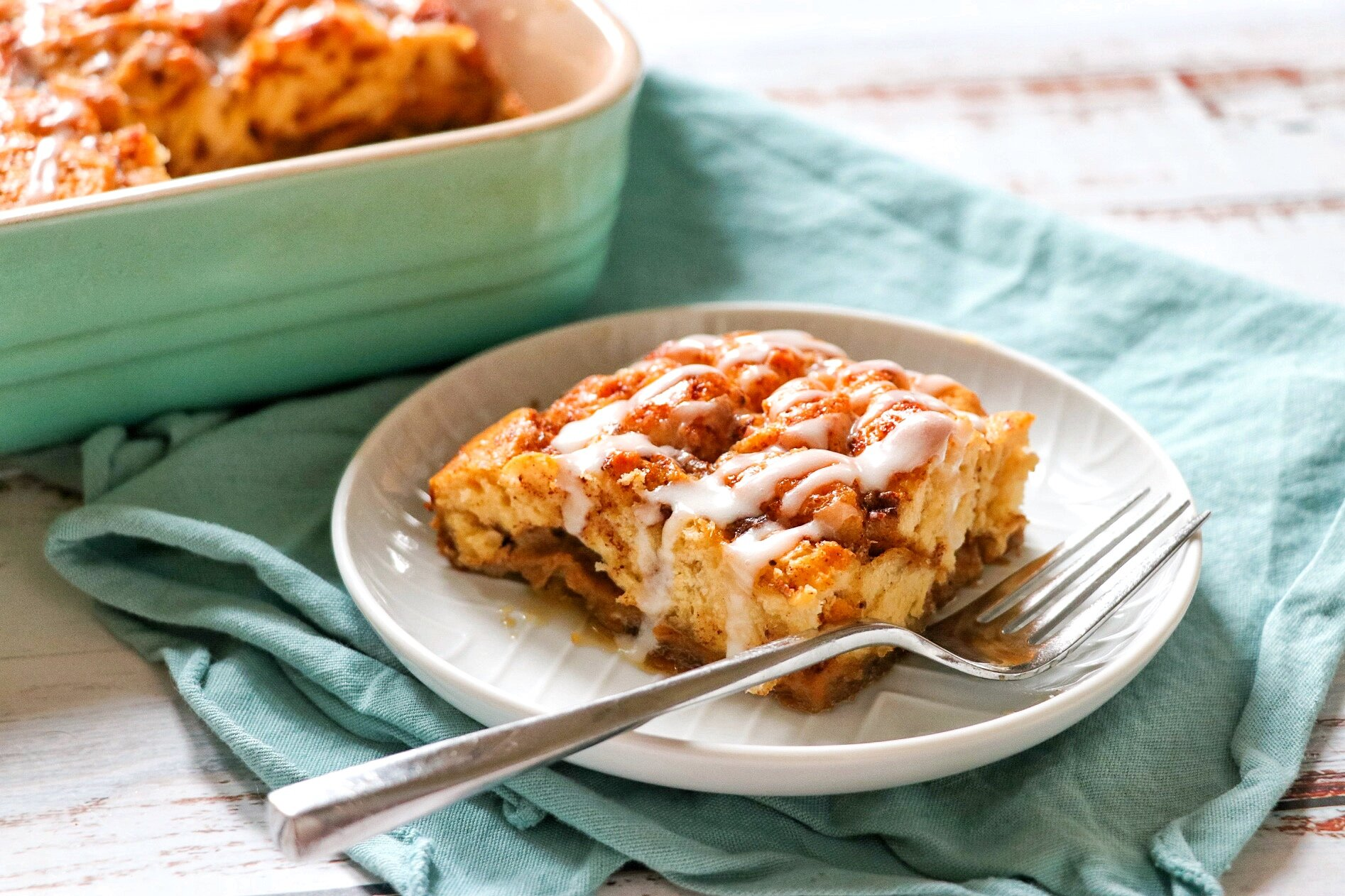 quick and easy cinnamon roll casserole