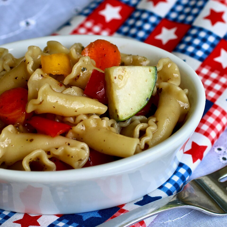 campanelle salad with vegetables and balsamic dressing