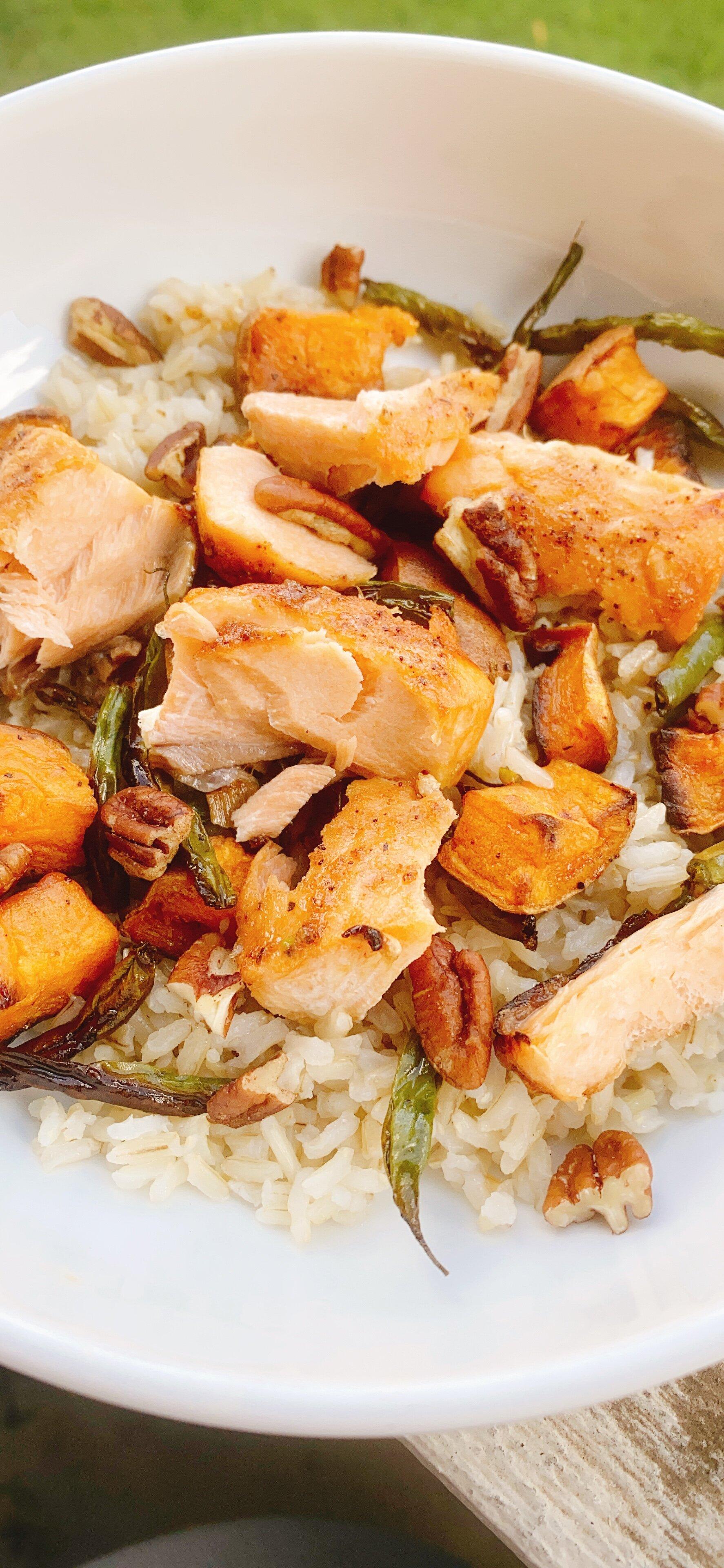 spicy honey chipotle salmon bowl
