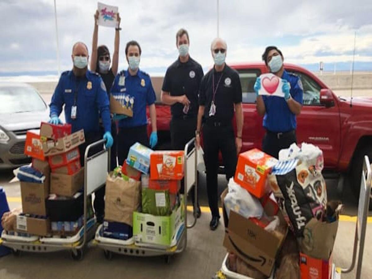 TSA Agents Are Turning Airports Into Food Pantries to Help Airport Workers