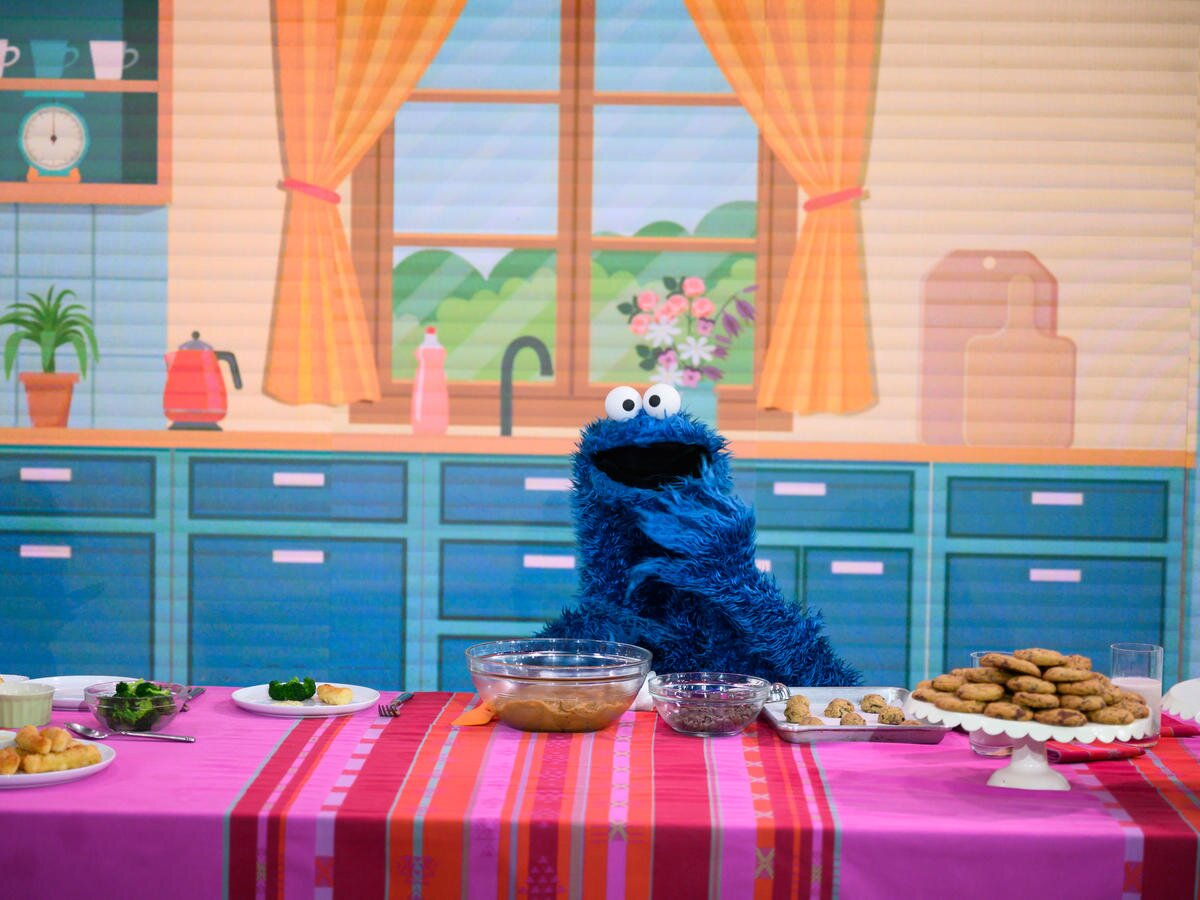 Cookie Monster Shows Kids How to Snack Smarter During Quarantine