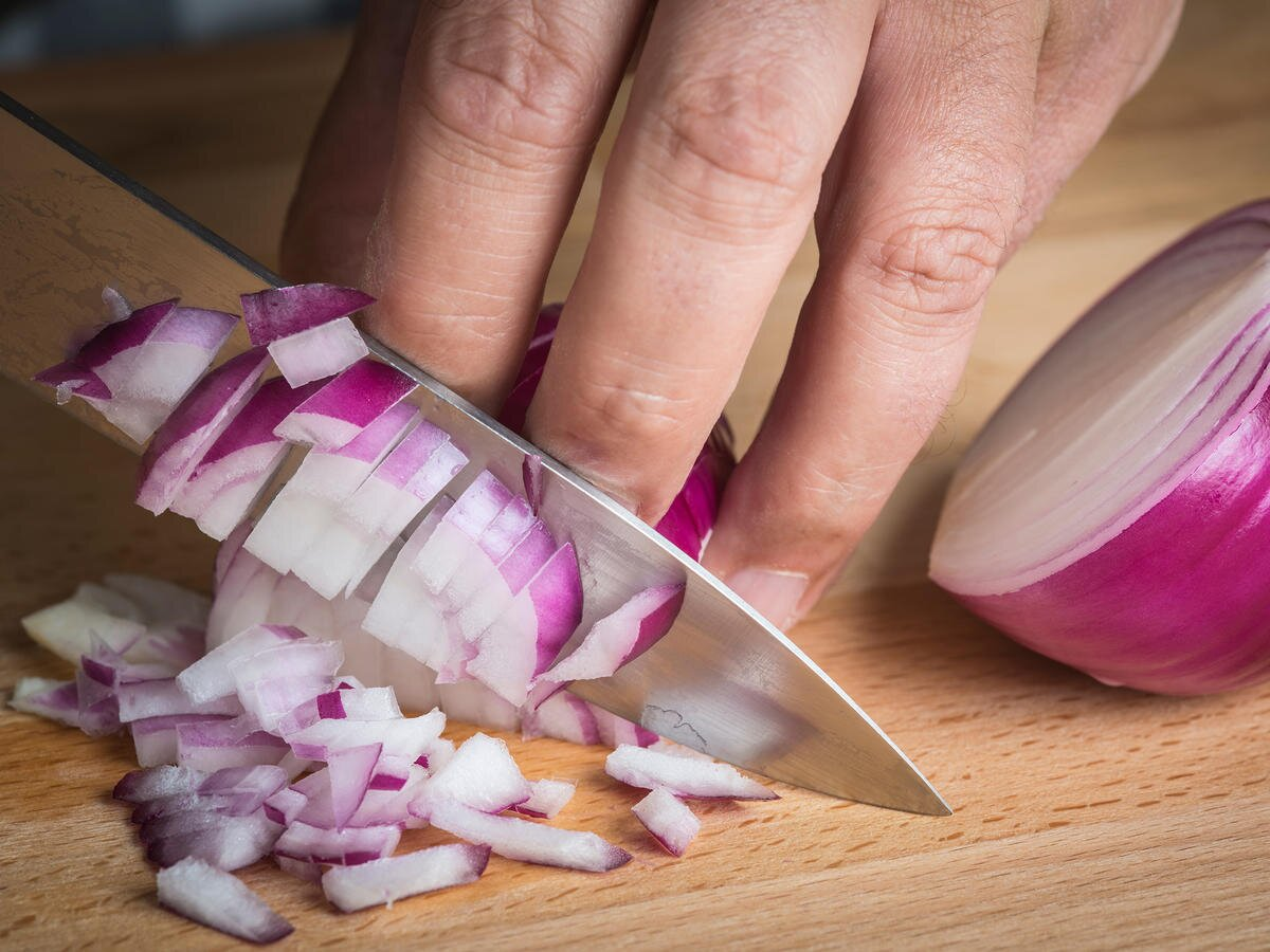 Are Cut Raw Onions Poisonous Cooking Light