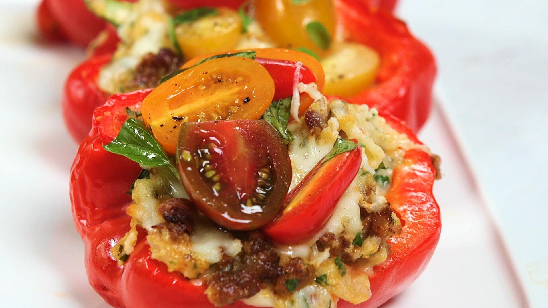 How to Make Stuffed Peppers with Grits and Sausage