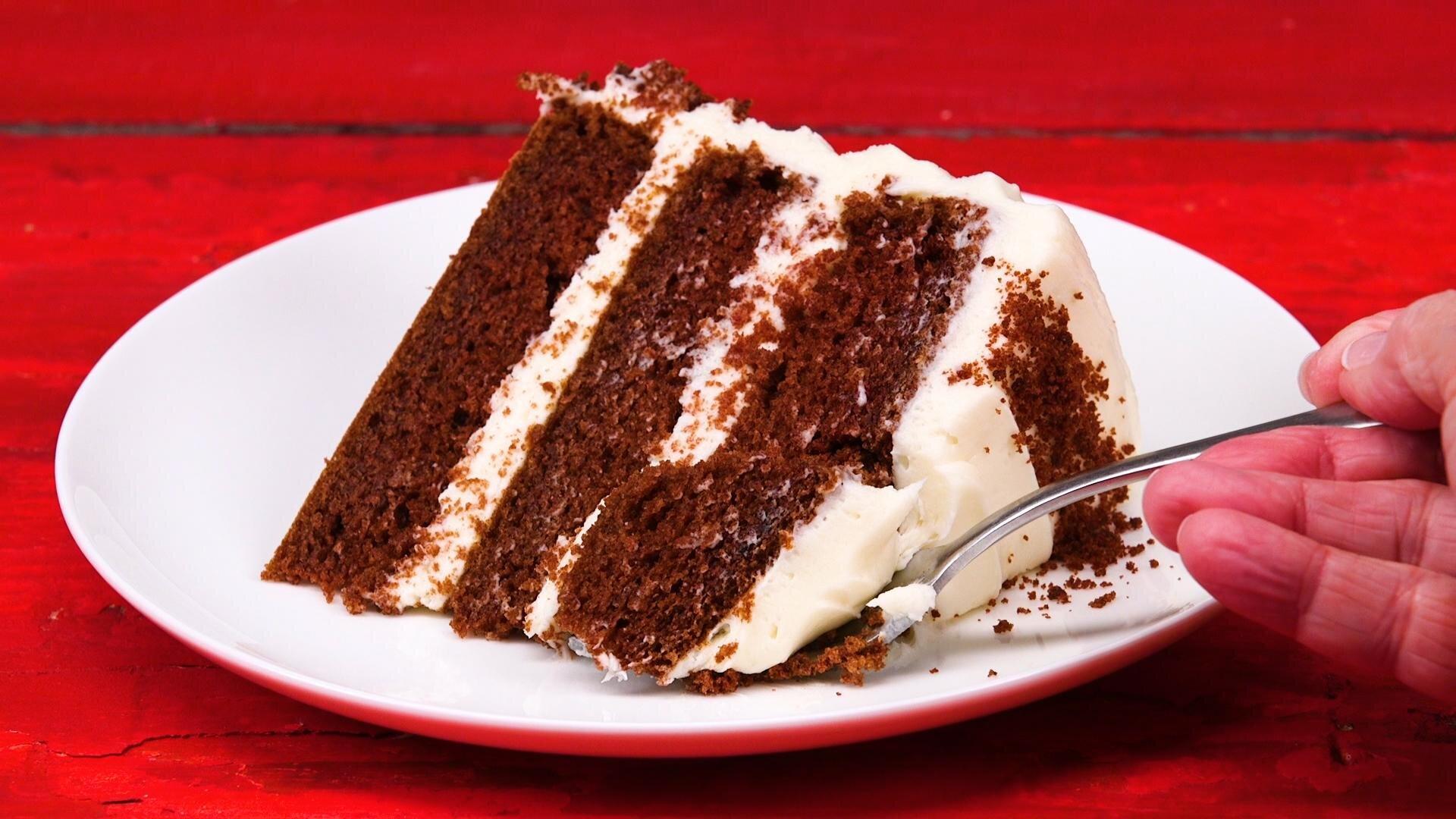 How to Make Brown Velvet Cake