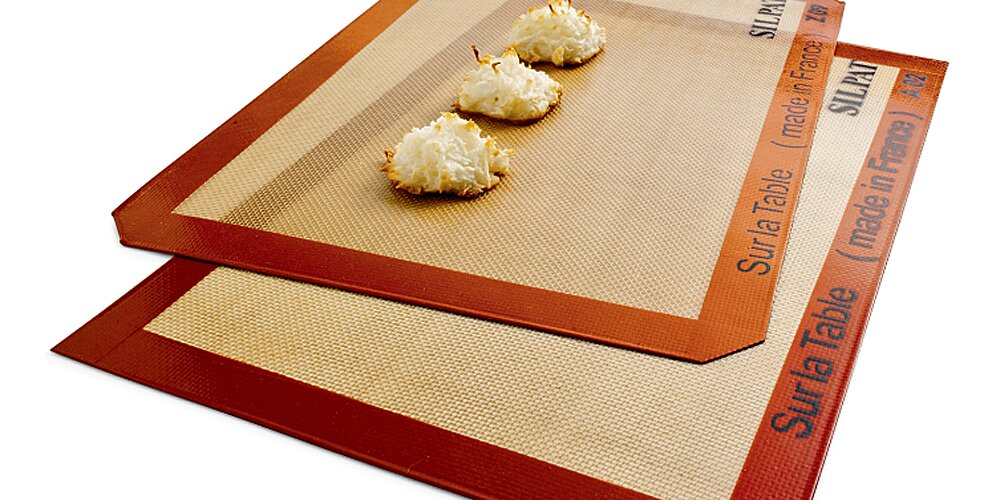 When to Use Parchment Paper Versus a Silicone Baking Mat | MyRecipes