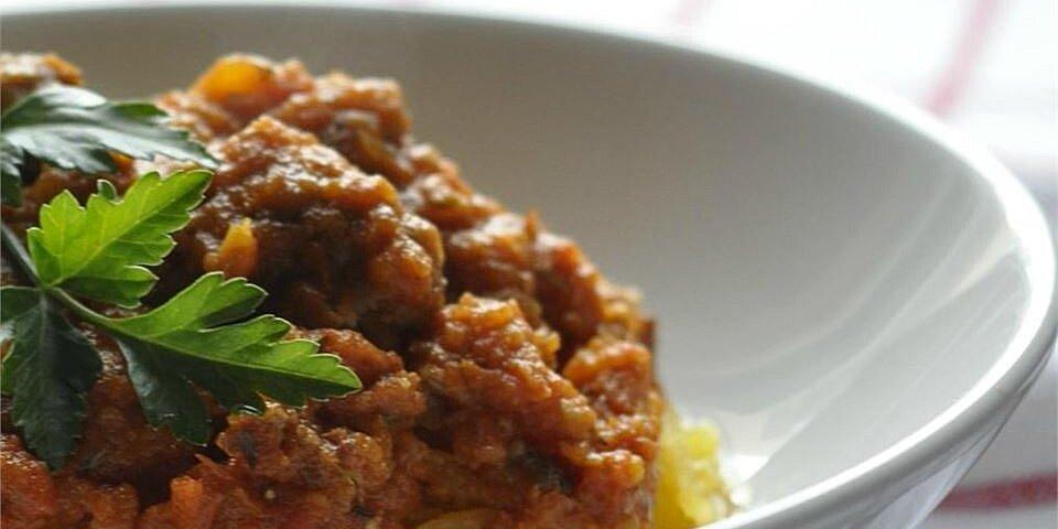 spaghetti squash with paleo meat sauce recipe