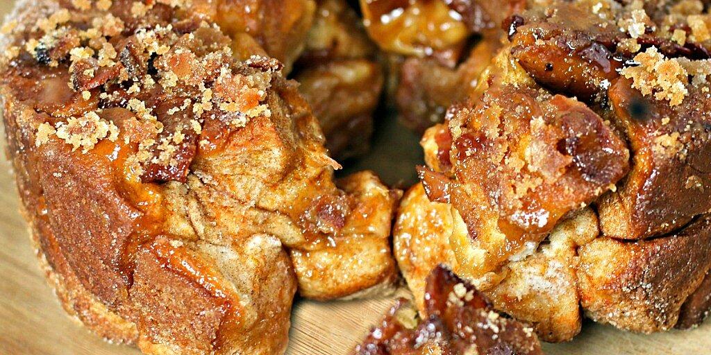 easy maple bacon monkey bread recipe