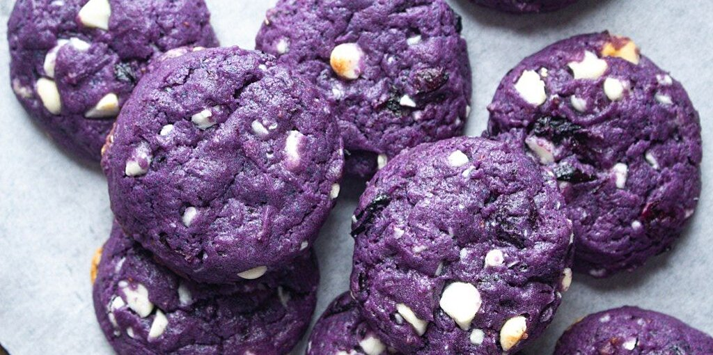 These Gorgeous Blue Cookies from TikTok Have a Secret Fiber-Boosting Ingredient