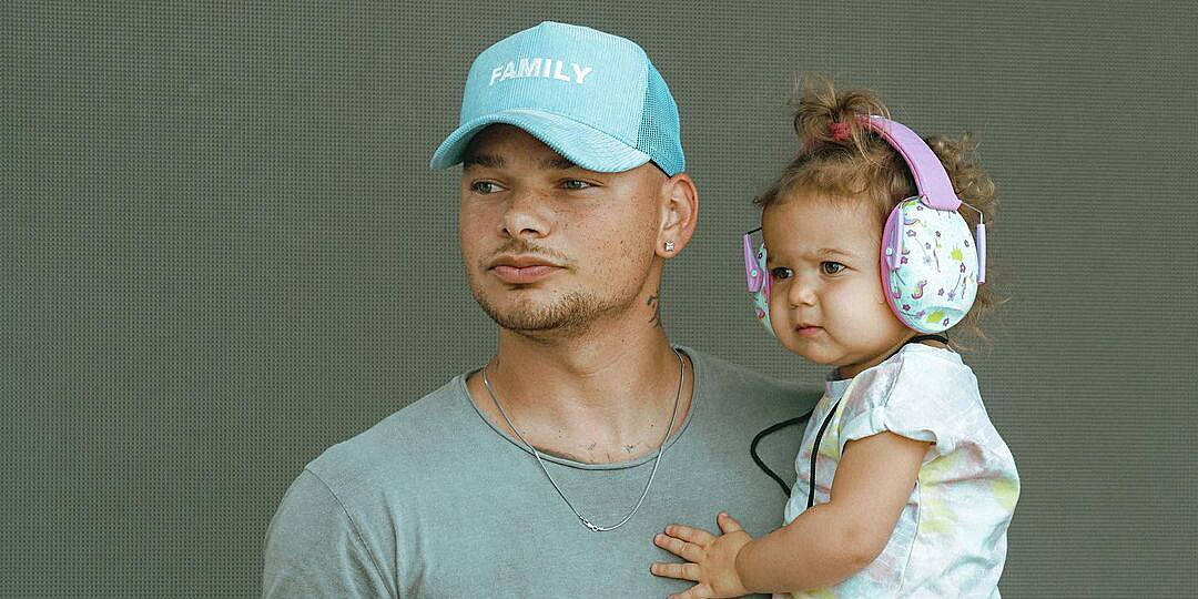 Kane Brown Receives Special Visit from Daughter Kingsley, 20 Months, on Tour — See the Cute Pics!.jpg