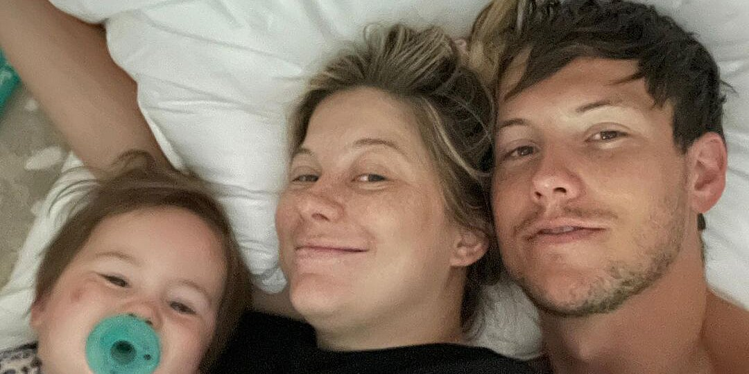 Shawn Johnson Says Daughter, 21 Months, Has 'Bad' Ear Infection, Isolating Away from Newborn Baby.jpg