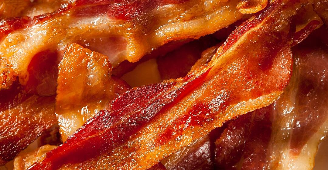 this company will pay you 1 000 to eat bacon