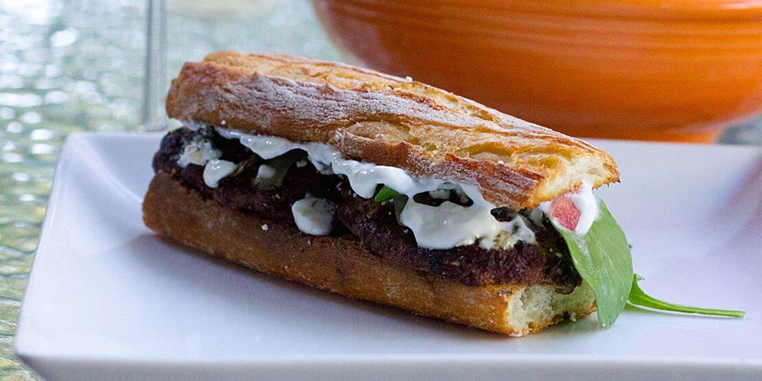 mediterranean lamb burgers recipe