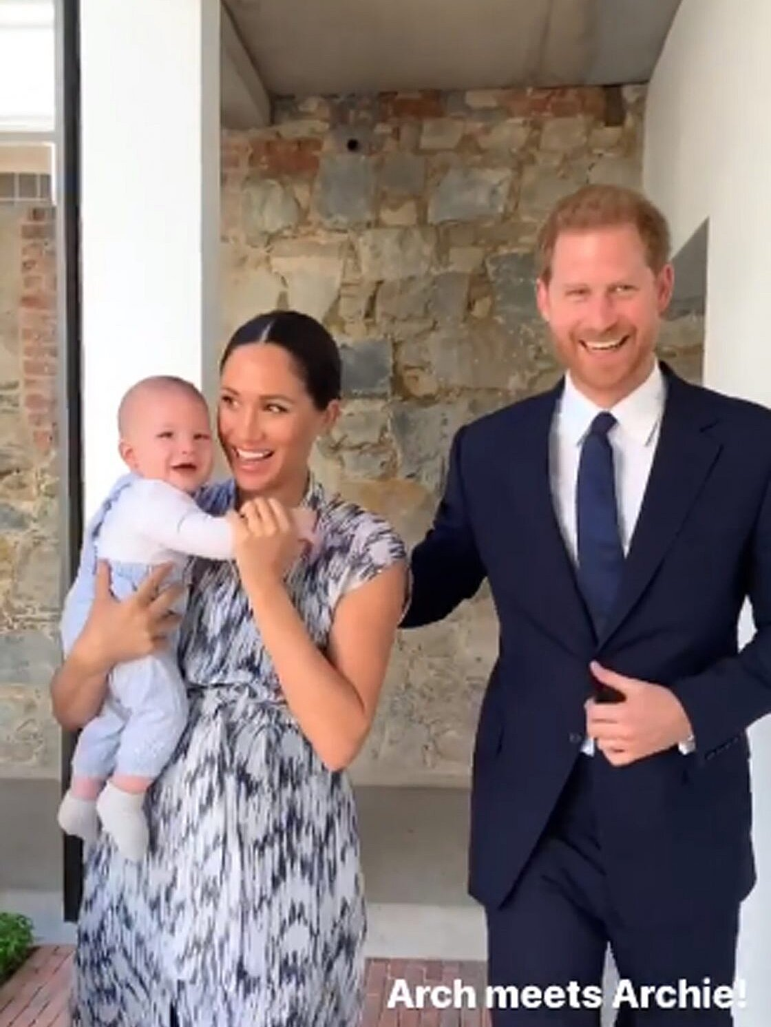 meghan markle and prince harry s son archie photos people com meghan markle and prince harry s son