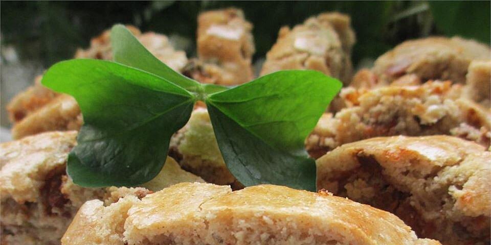 cinnamon biscotti with pistachios recipe