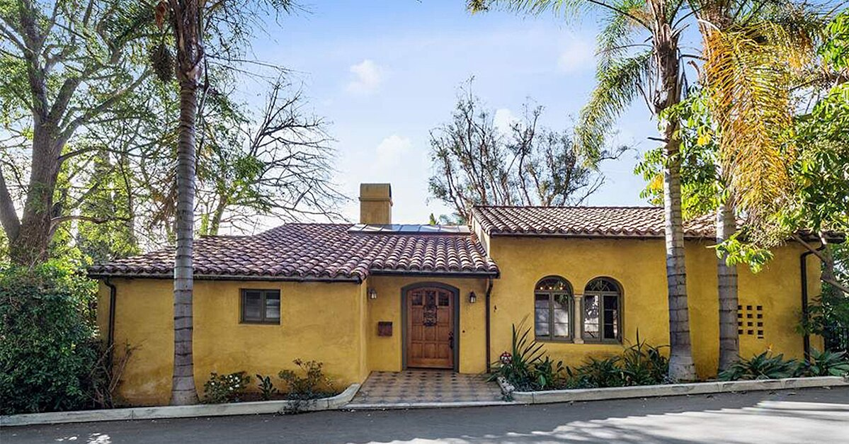 Check Out Emma Robert S New 4 Million Mediterranean Style Home Real Simple