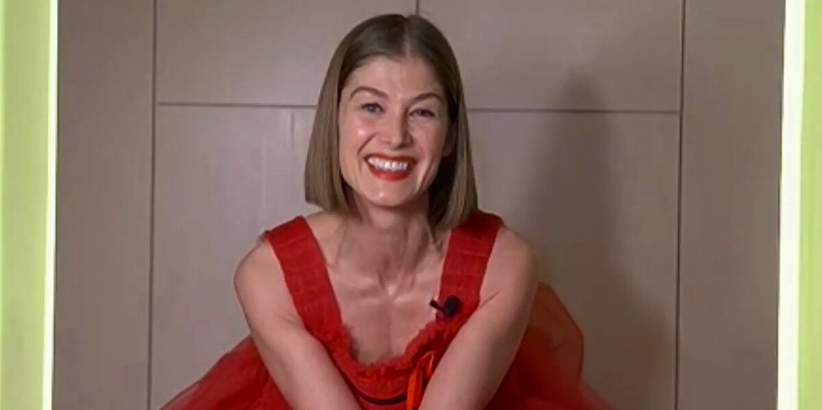 Rosamund Pike Appears Shocked as She Wins at Golden Globes: 'It Looks Like I Care a Lot'.jpg