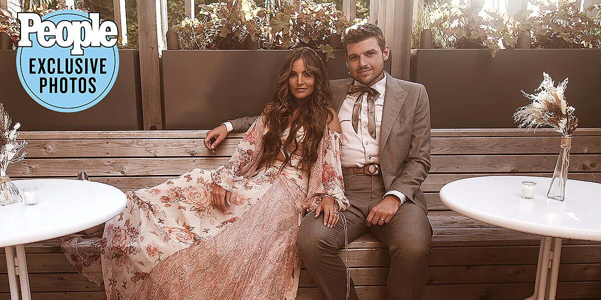 Brit Taylor Marries Adam Chaffins: Country Couple Says Their 'Simple' Wedding Was 'Just for Us'.jpg