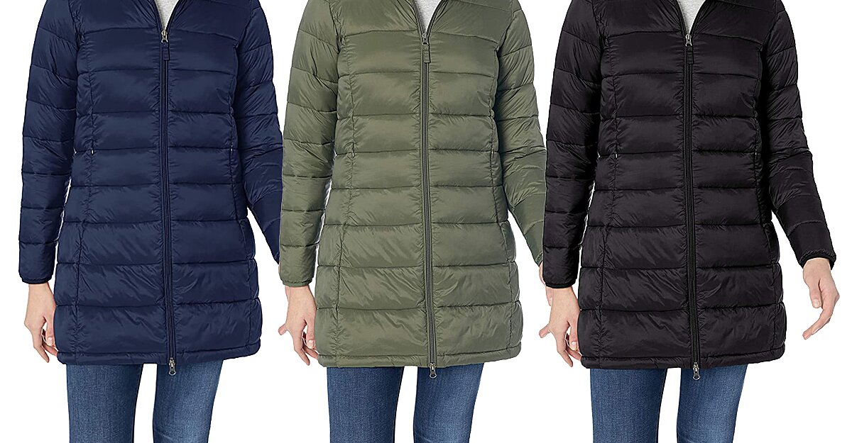 Amazon Shoppers Are Calling This Lightweight Hooded Puffer Coat the 'Best Purchase Ever' — and It's Just $50