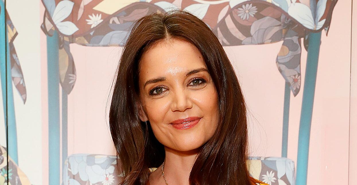 Katie Holmes Wore the Perplexing Coat Trend Celebrities Are Wearing Lately