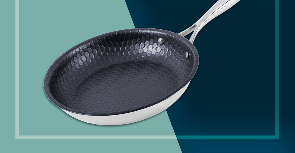 This Italian Cookware's Nonstick Skillet Is a Kitchen Game Changer—Here's Why