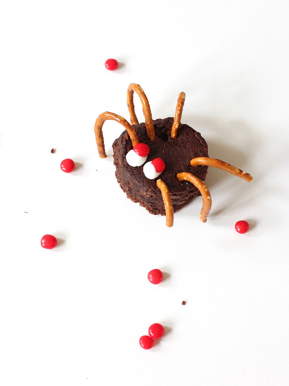 46 Halloween Desserts And Treats Cookies Cakes Brownies Cupcakes And More Real Simple