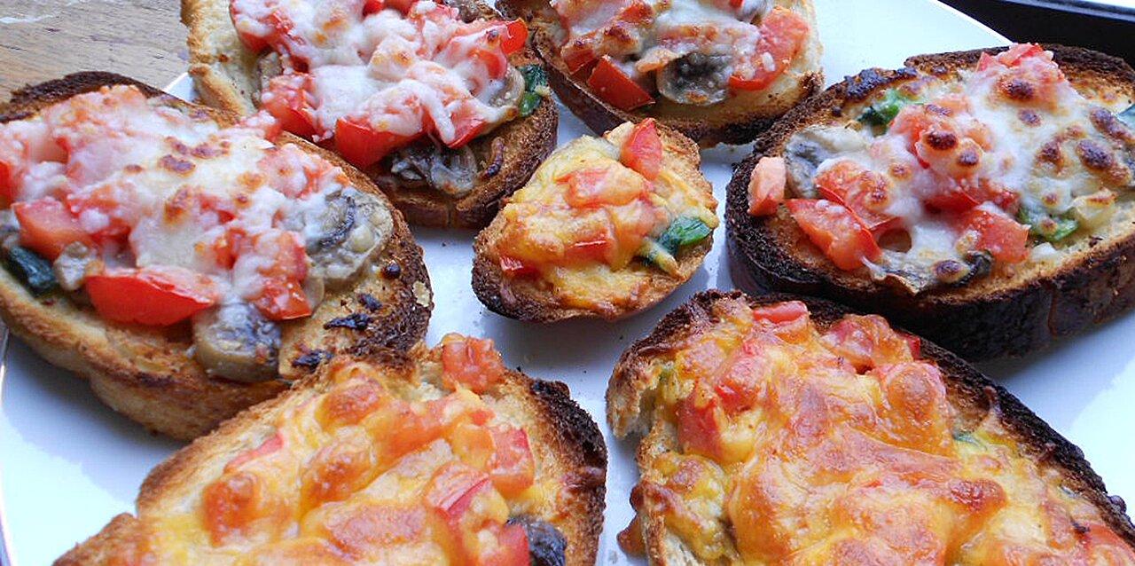 mushroom and tomato bruschetta recipe
