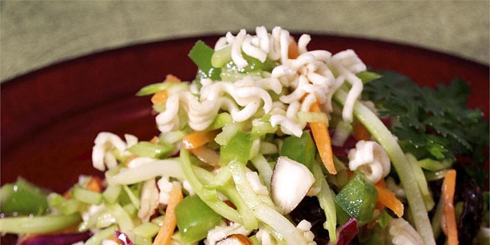 easy broccoli slaw salad recipe