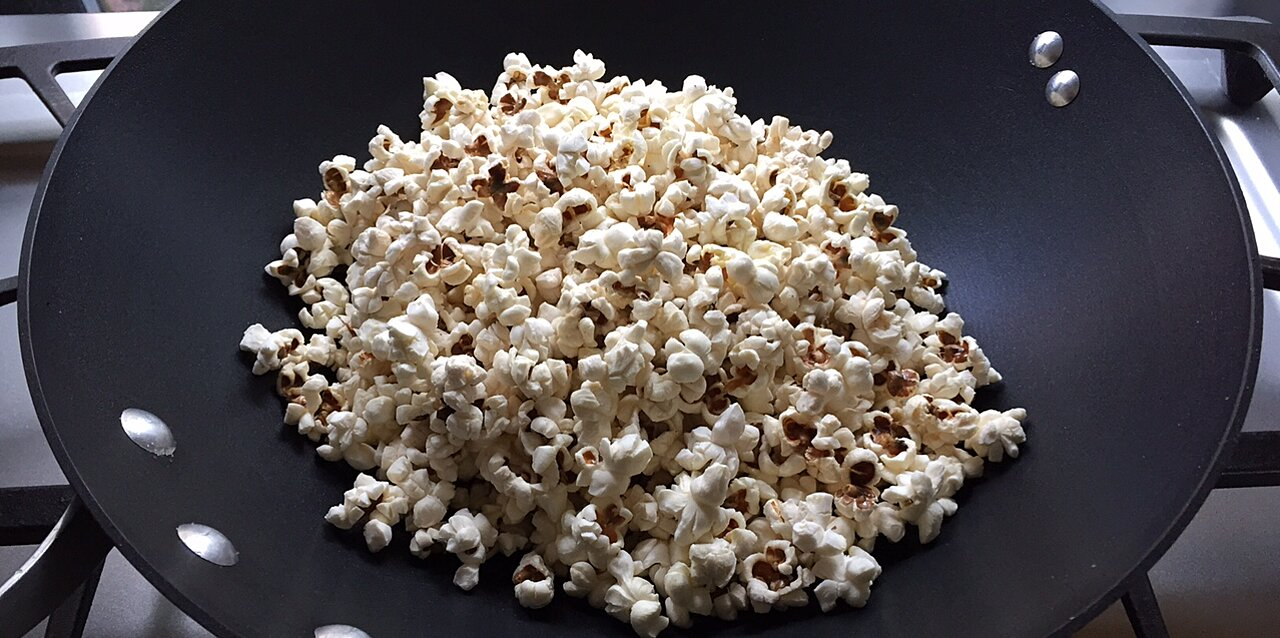 how to make popcorn in a wok