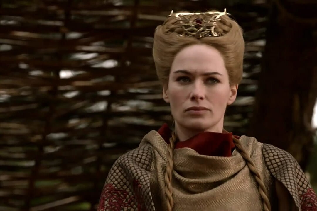Cersei S New Crown On Game Of Thrones Was Designed For A Special Reason Hellogiggles