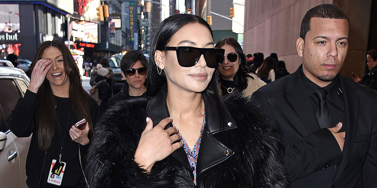 My dead dads porno tapes el antepenultimo mohicano Naya Rivera Out For First Time Following Death Of Mark Salling People Com