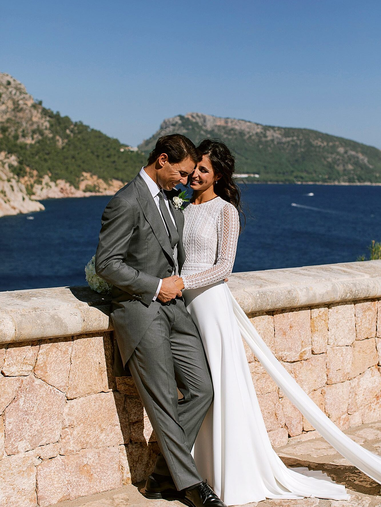 See Rafael Nadal S Wife Mery S Wedding Dress People Com