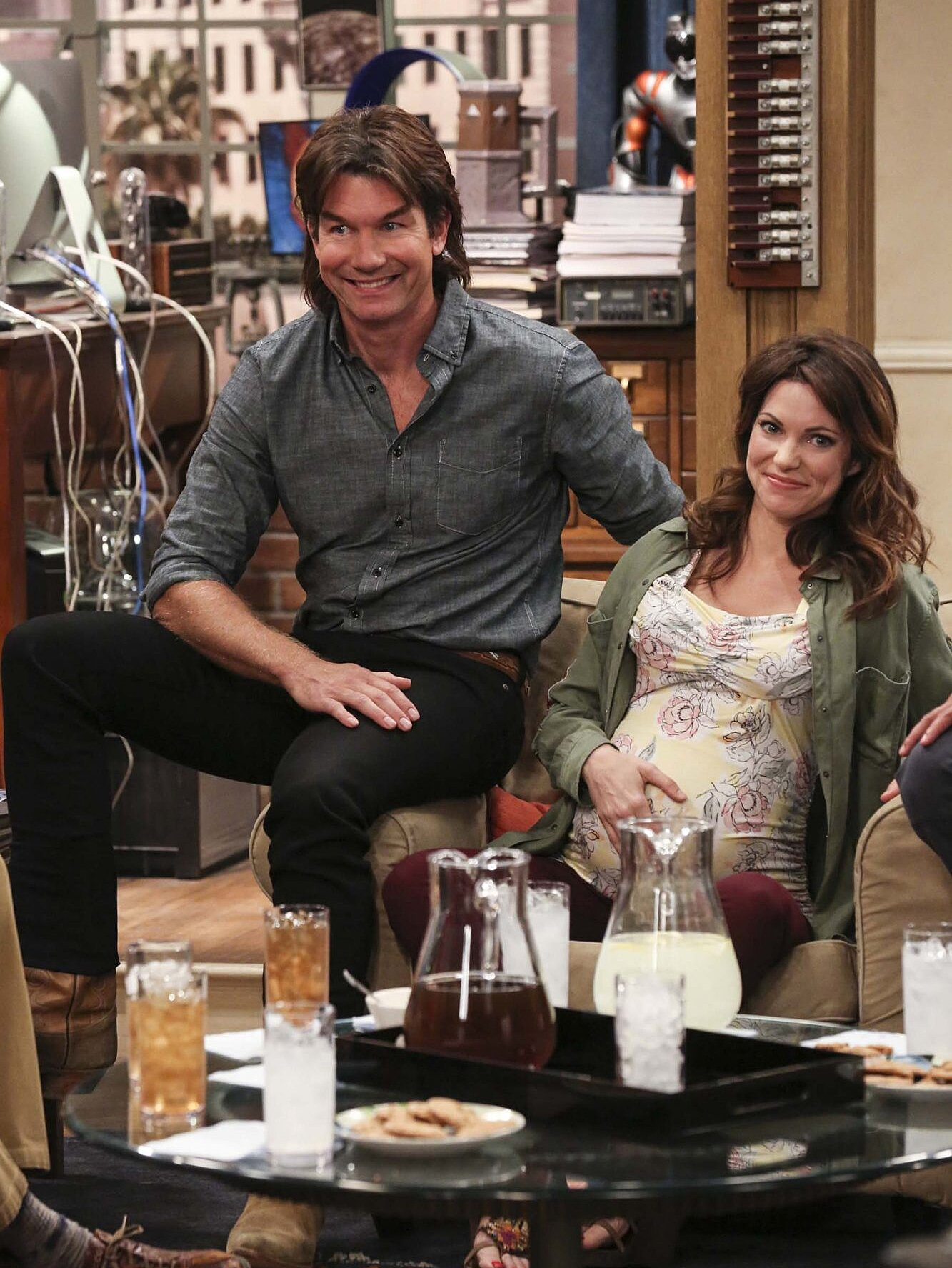 Big Bang Theory wedding photos: See Jim Parsons, Mayim Bialik   EW.com