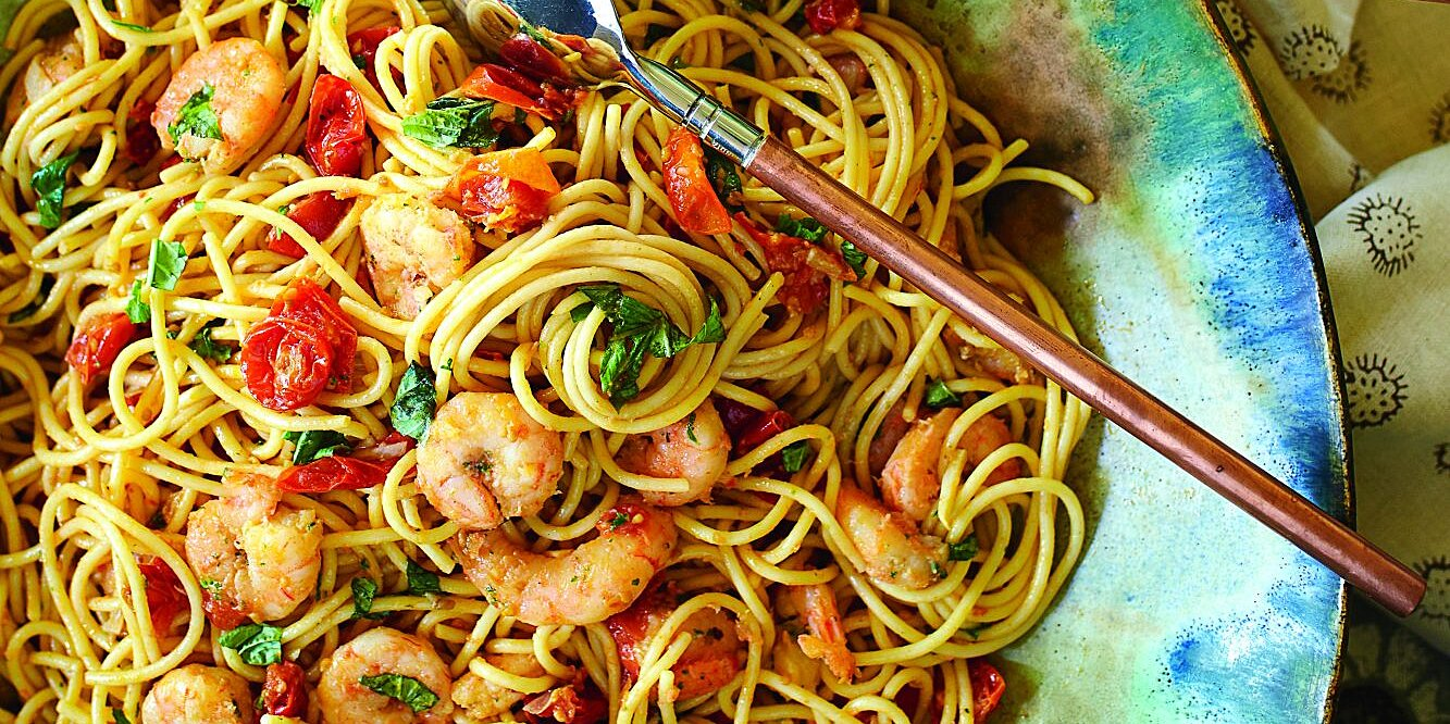 Spaghetti with Shrimp and Roasted Cherry Tomatoes Recipe
