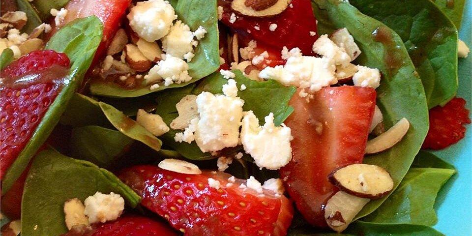 emilys strawberry balsamic salad recipe