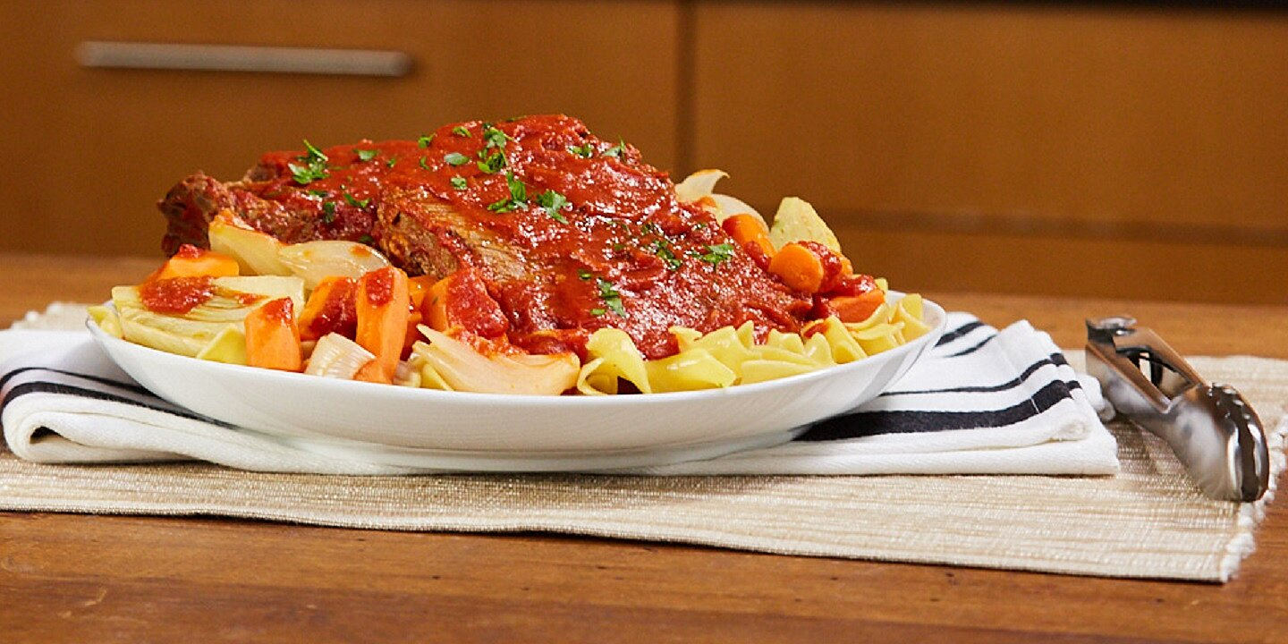 italian style pot roast with carrots and fennel
