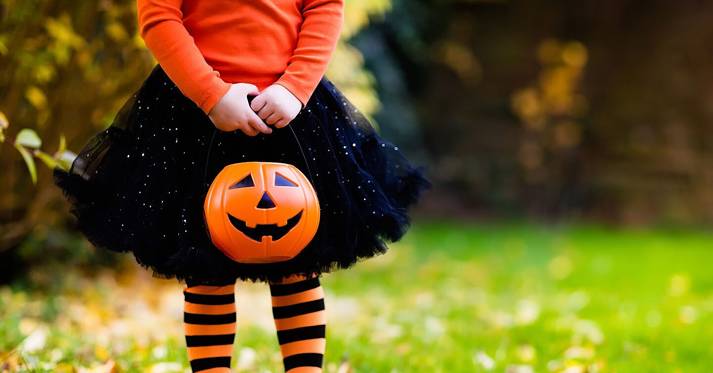 Best Allergy-Free Candies for Halloween (from a Mom Who Knows)