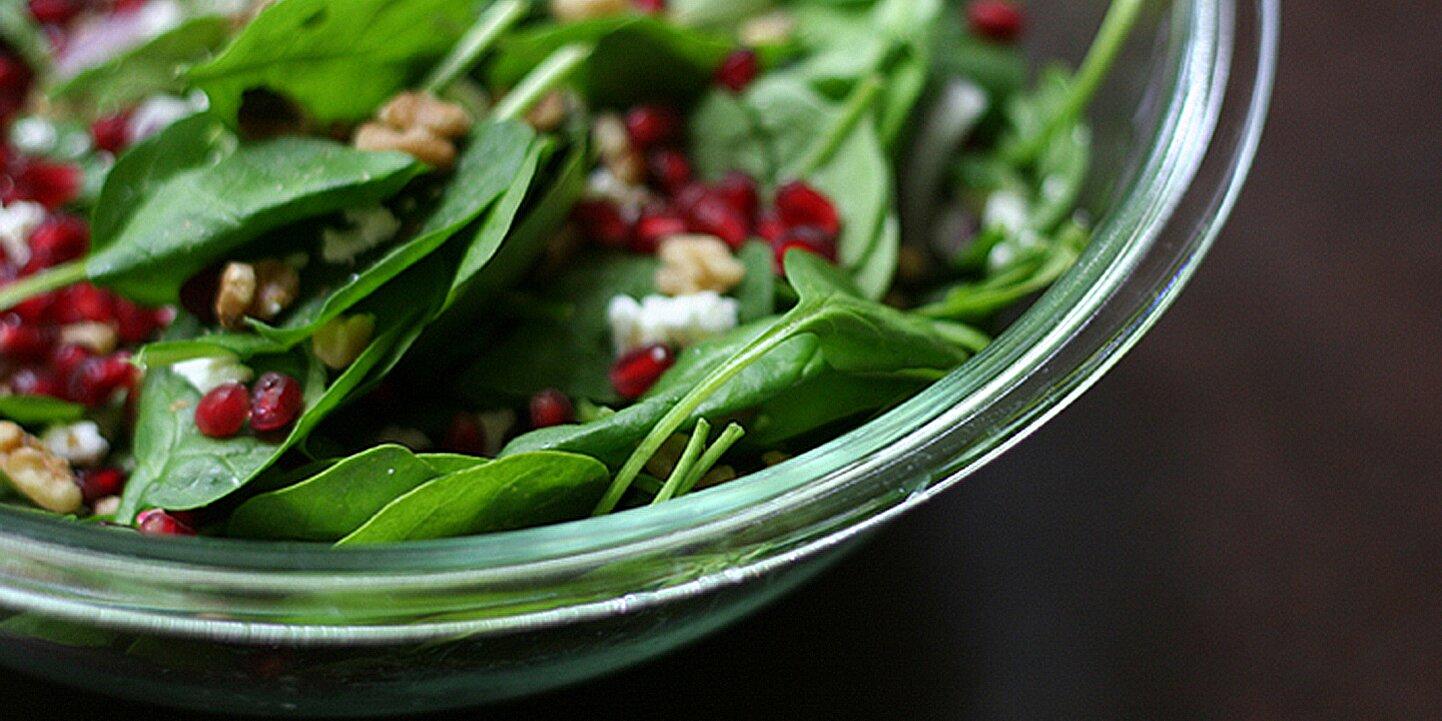 spinach pomegranate salad recipe