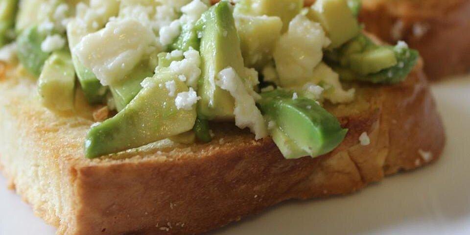 avocado and feta bruschetta recipe