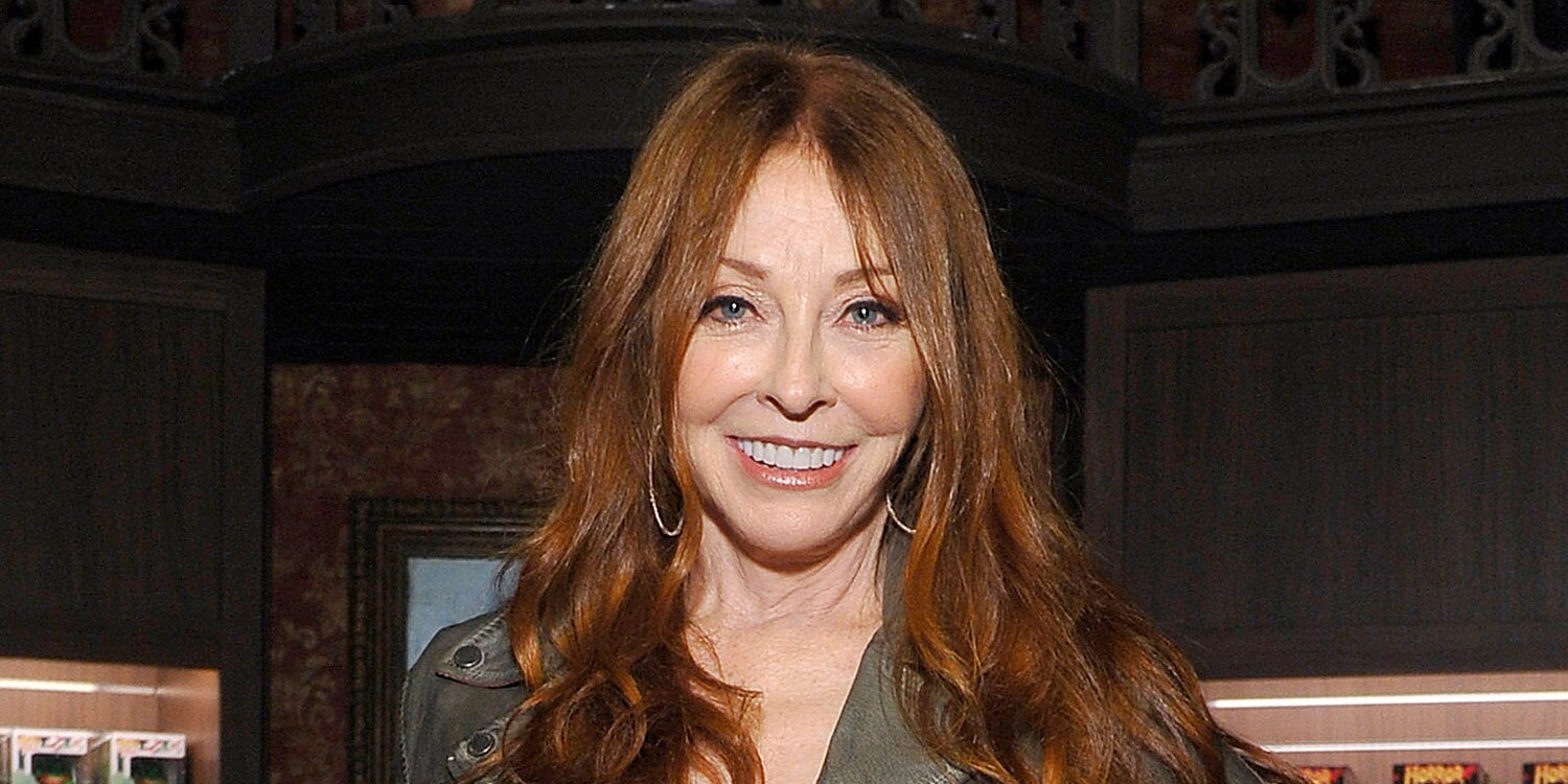 Elvira's Cassandra Peterson Reveals 19-Year Relationship With a Woman: 'I've Got to Be Truthful'.jpg