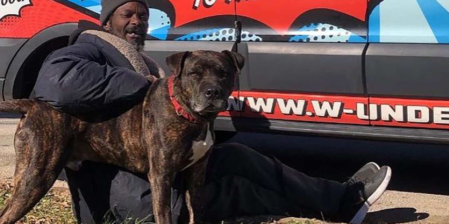 Homeless Man Rescues Every Animal in Atlanta Shelter After Fire Broke Out, Including 10 Cats and 6 Dogs
