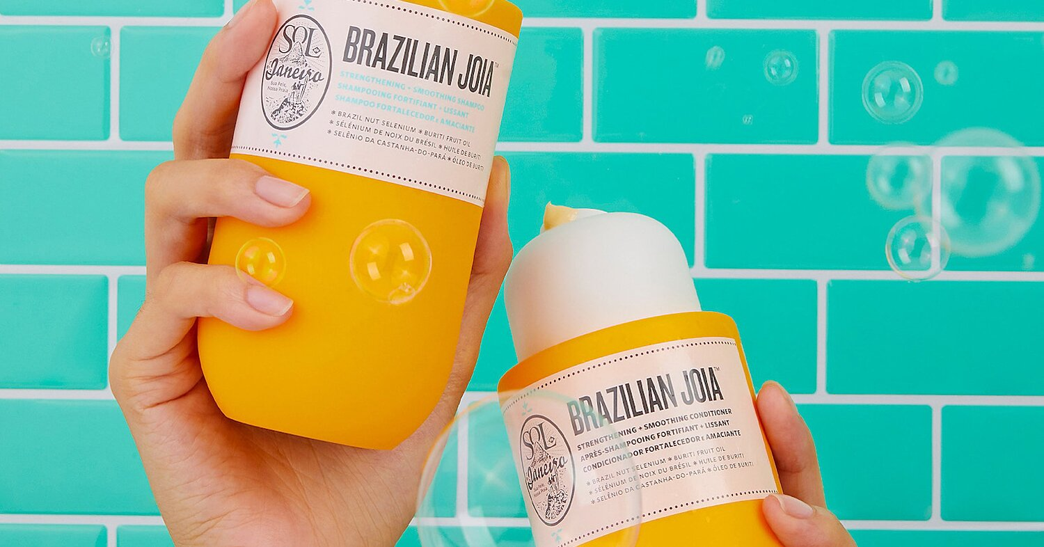 The 16 Best Anti-Frizz Shampoos, So You Can Actually Go Outside This Summer