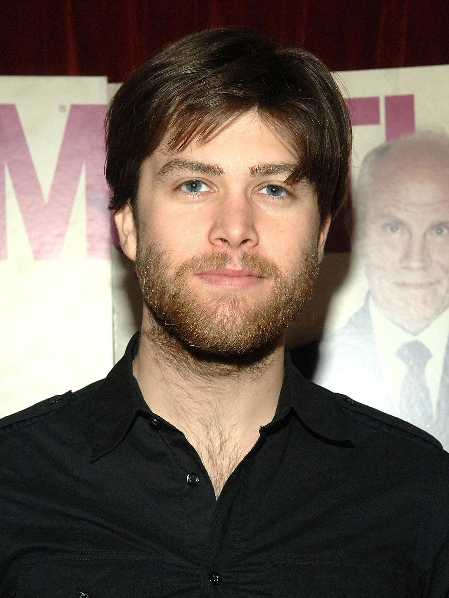 Snl Weekend Update Anchor Colin Jost Is Unrecognizable With A Beard Ew Com