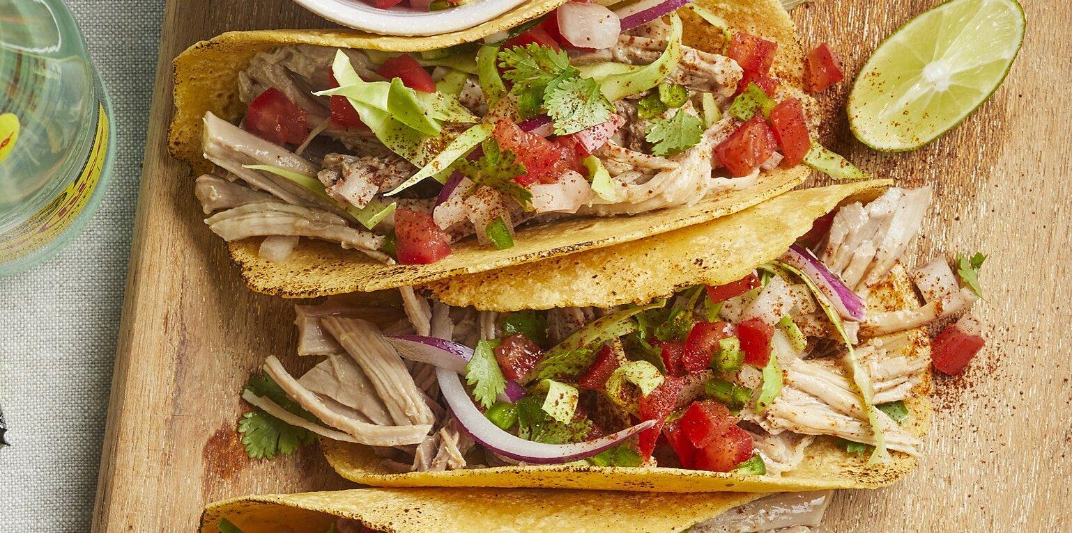 zesty carnitas tacos