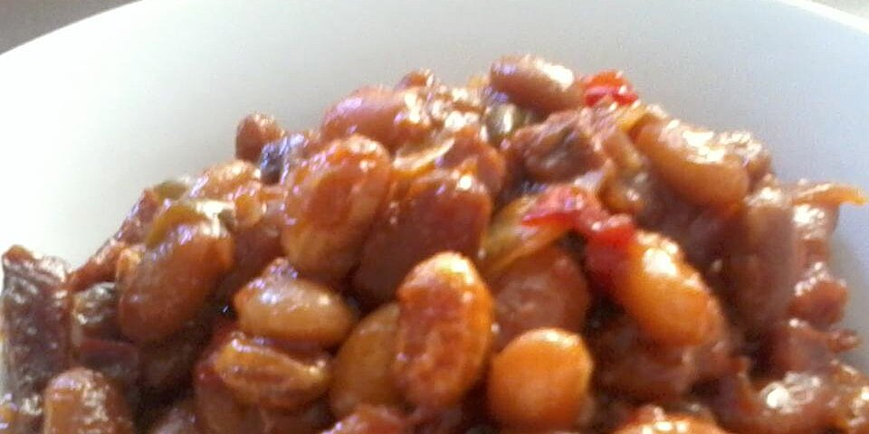 slow cooker baked beans using canned beans recipe