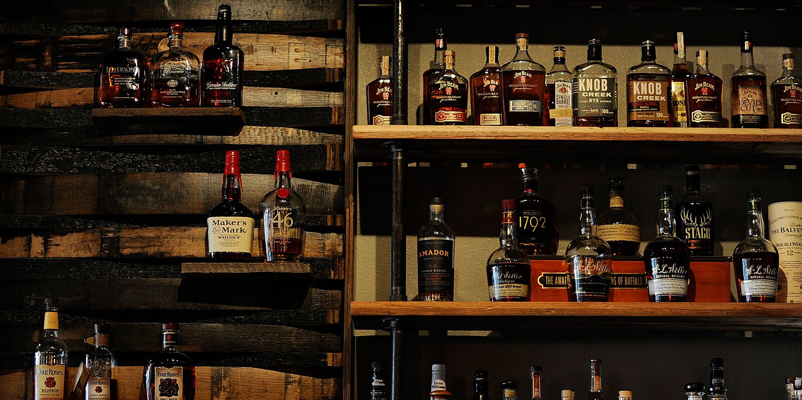 What's the Difference Between Scotch and Bourbon?